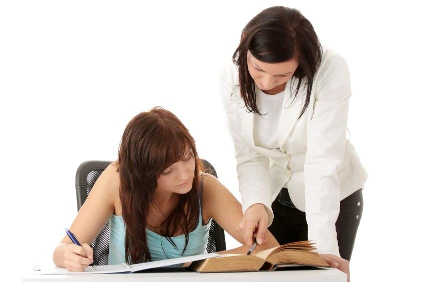 LILIUM JEZIKOVNE STORITVE, PREVAJANJE, LEKTORIRANJE, POUČEVANJE IN TOLMAČENJE, ANJA UREKAR OSVALD S.