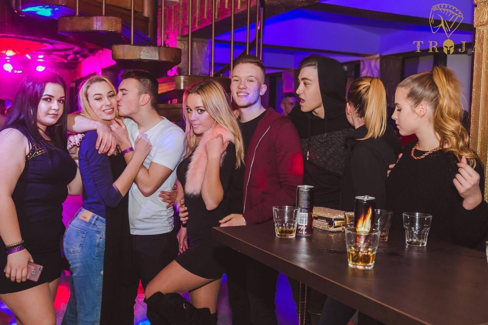 Troja lounge bar Ljubljana13